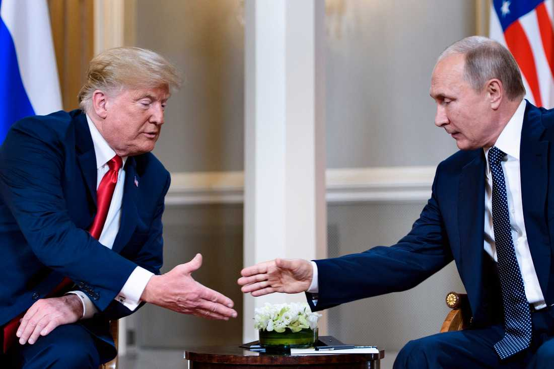 Donald Trump och Vladimir Putin under mötet i Finland tidigare i veckan.