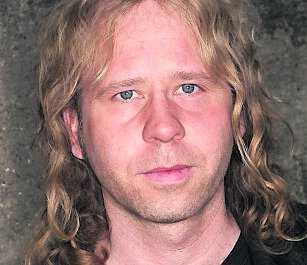 Mikael Jepson, 36.