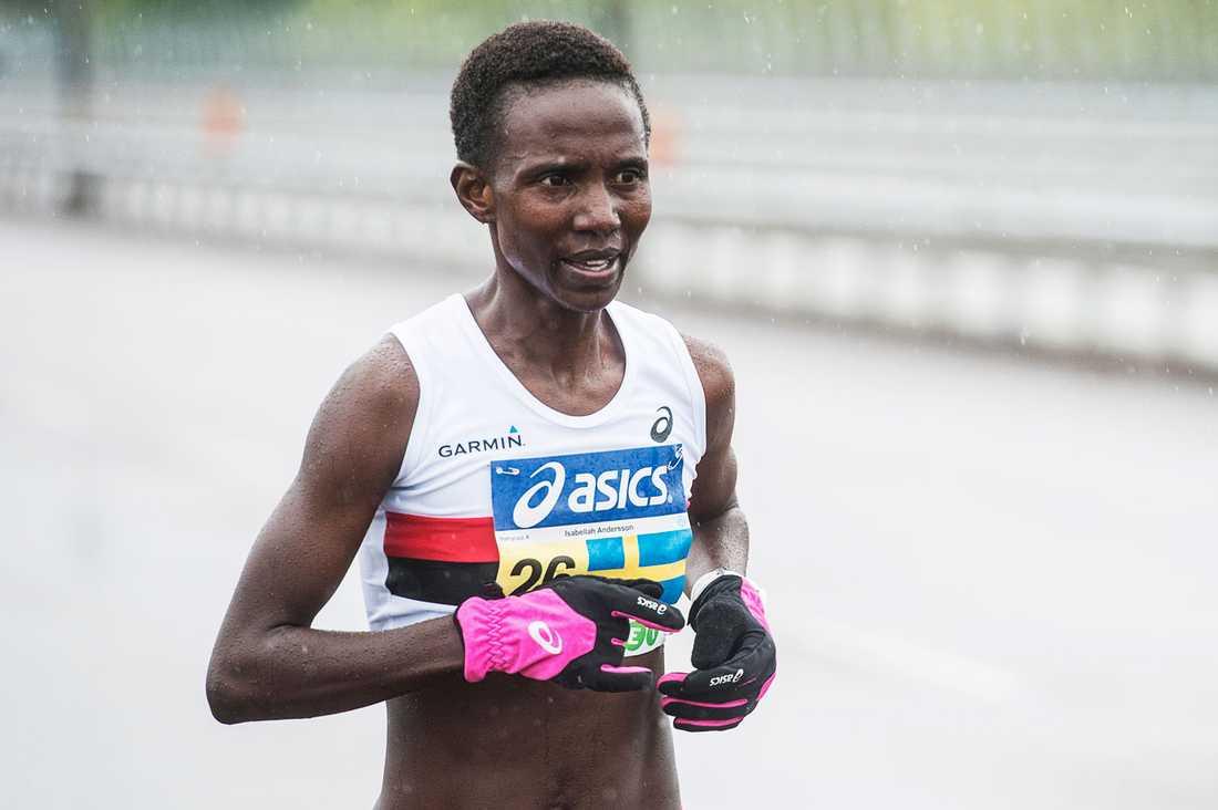 Stockholm Marathon 2015. Isabellah Andersson tog sin sjunde seger på lika många försök i Stockholm Marathon. tävling action