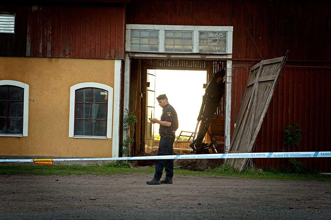 Ladan där Lisa Holm hittades mördad.