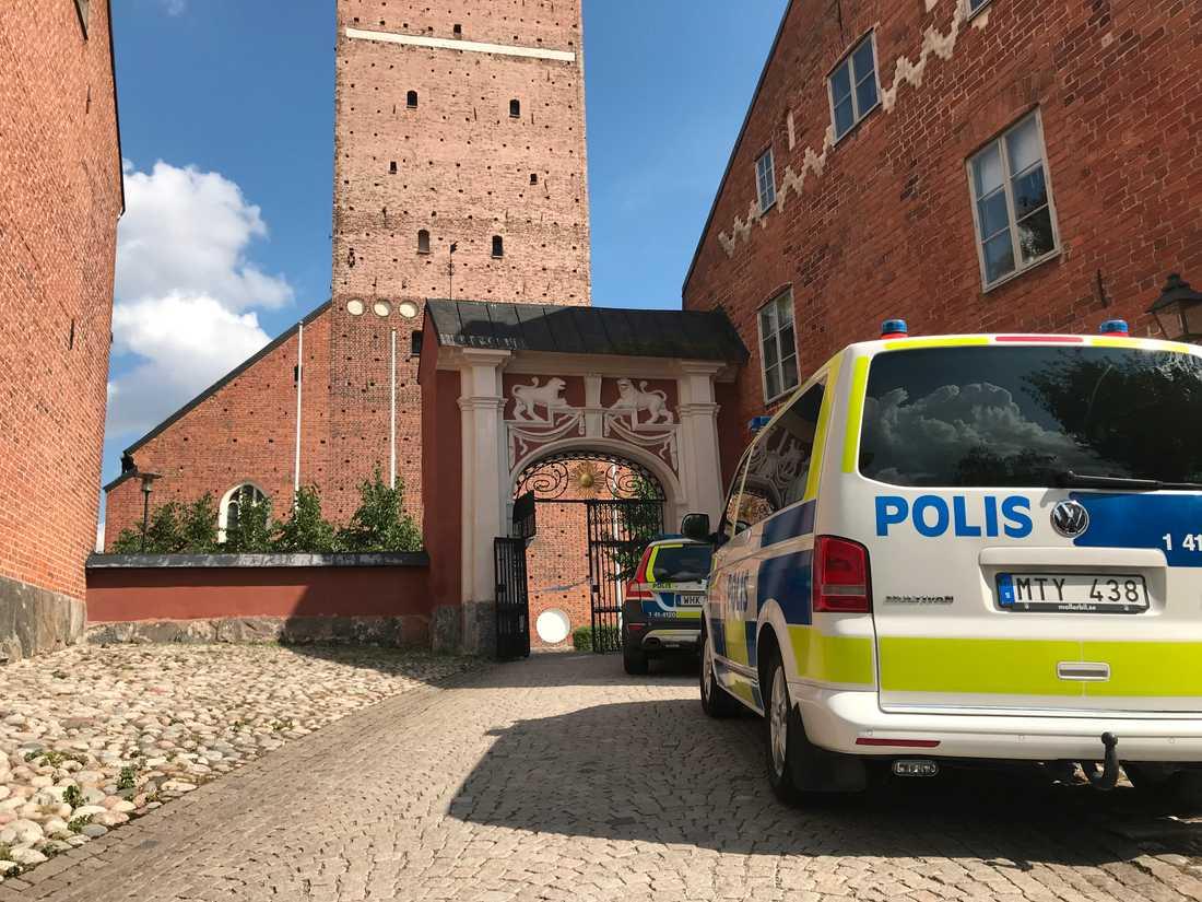 Domkyrkan i Strängnäs har utsatts för stöld.