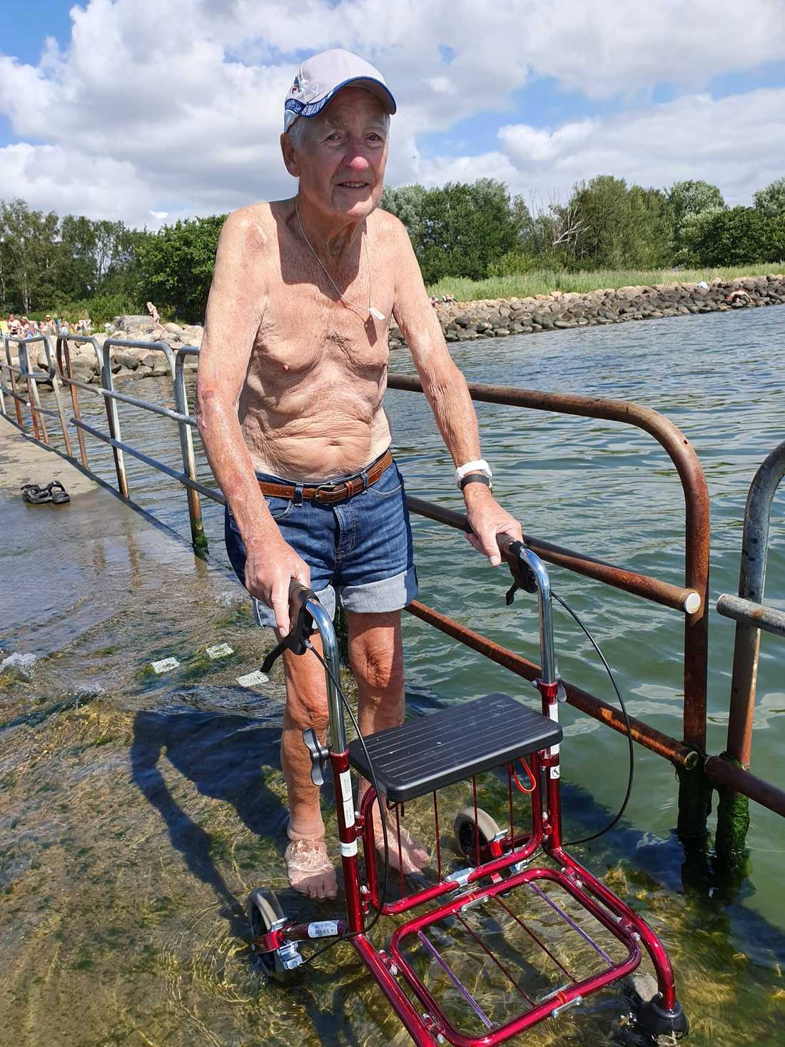 Birger, 97, fick känna på vattnet för första gången på 35 år.