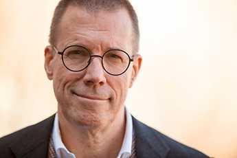 Fredrik Elgh, professor i virologi och överläkare i klinisk virologi.