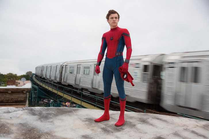Tom Holland, en babblig Spider-man.