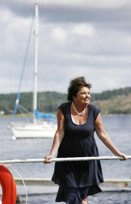 """Viveca Lärn, 67 Våren 2010 åkte den populära författarinnan Viveca Lärn, 67, fast för rattfylleri. Hon fick vård på behandlingshem. """"Jag har inte förlåtit mig själv för att jag körde när jag druckit"""", sa hon i en intervju i Aftonbladet i februari. Hon började dricka för att hon var stressad, men har slutat."""