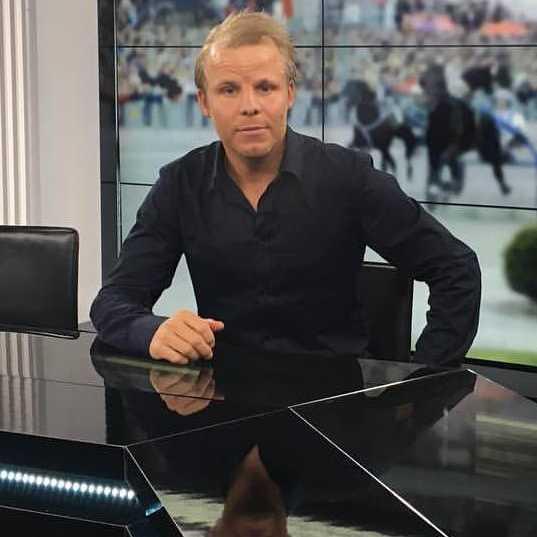 Sportbladets Christoffer Wickman tyckte att Elitloppet kändes över och klart redan efter försöken. Anledningen: Bold Eagles sanslösa kross. Timoko och Björn Goop ville annat.