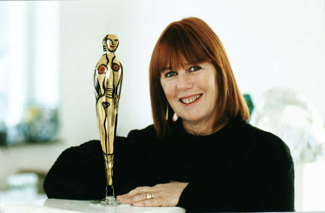 1997 presenterade Hydman Vallien sin egna Oscarstatyett, vid namn Oscarina.