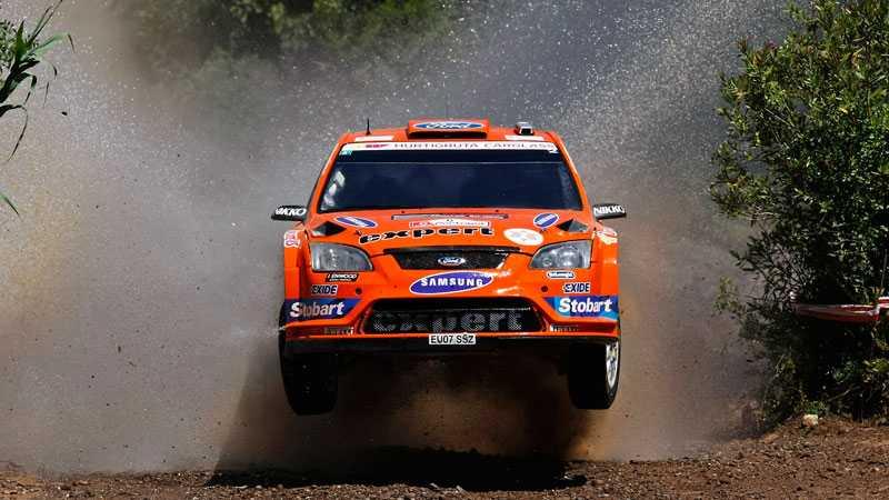 Henning Solberg under Portugals VM-rally. Det är den här bilen P-G Andersson ska köra i Bulgarien.