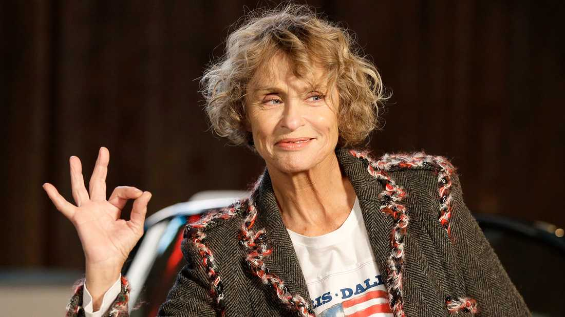 Lauren Hutton, still going strong.