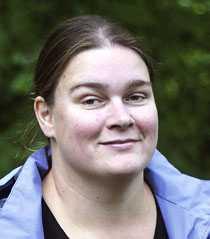 """""""Varför lockar de med låga priser och uppmanar folk att boka tidigt om de sen ändå inte vill ha de resenärerna?"""" säger Jenny Wik Norling."""