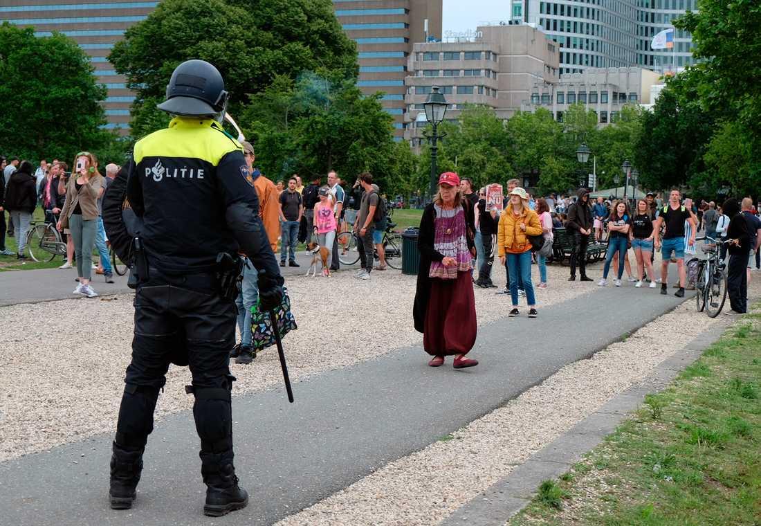 Hundratals Gripna I Haag Efter Coronaprotest Aftonbladet