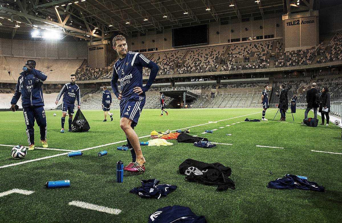 tillbaka i vardagen Djurgården tränade på Tele2 Arena i går. I morgon spelar man match igen, hemma mot Halmstad. Klubben har erbjudit spelarna stöd under veckan som gått.