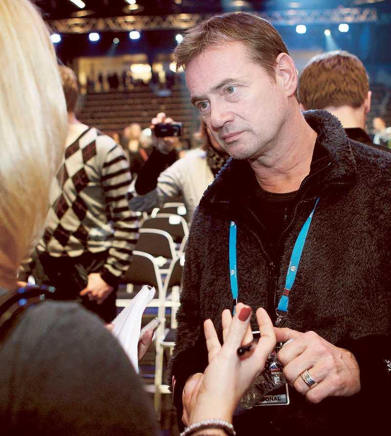 """""""Jag känner inte till det"""", säger Christer Björkman när Nöjesbladets reporter frågar om polisanmälan."""