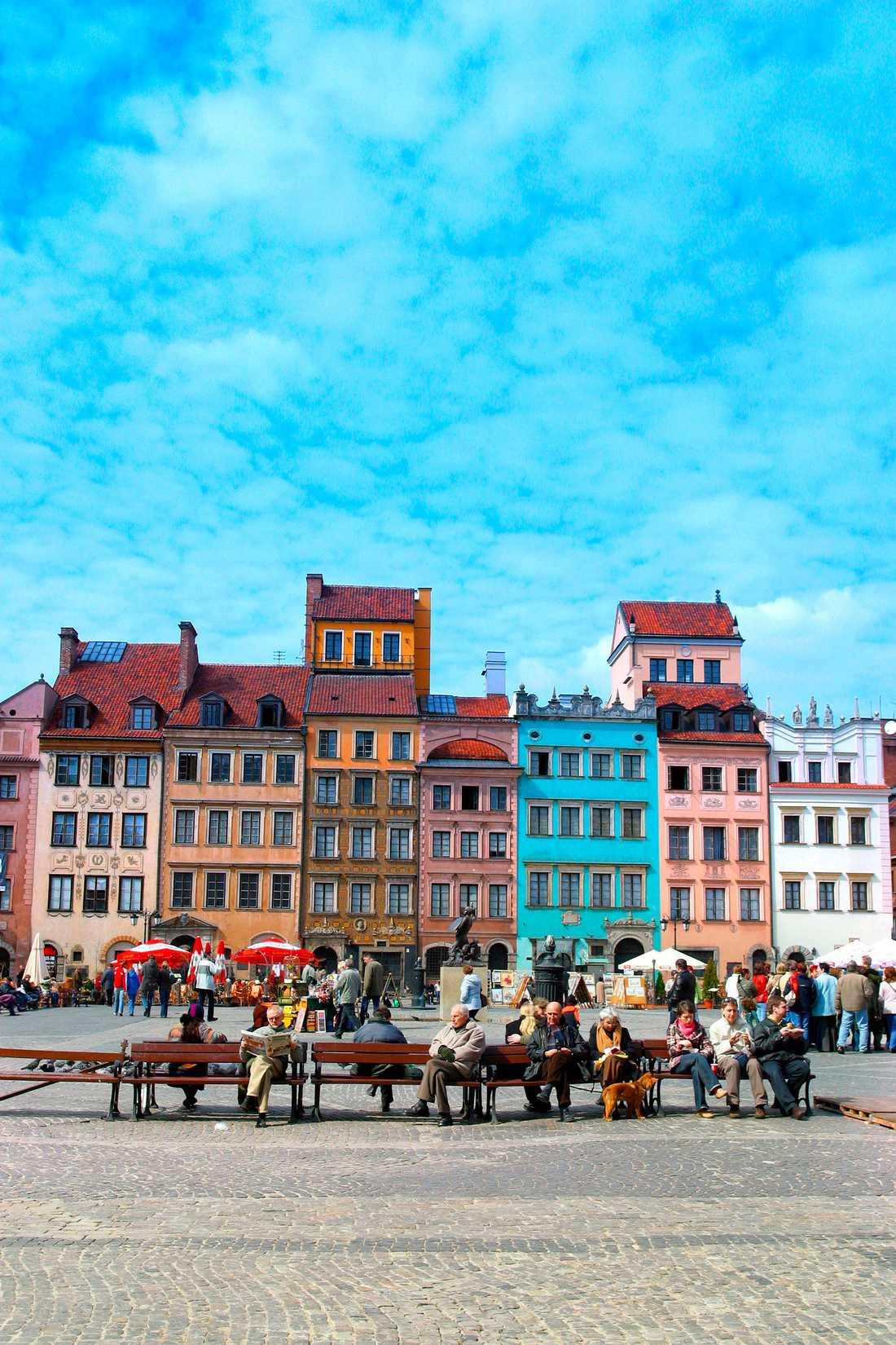 Prisvärda Warszawa har klättrat flest placeringar på listan. På bilden: Castle Square, Warszawa, Polen.
