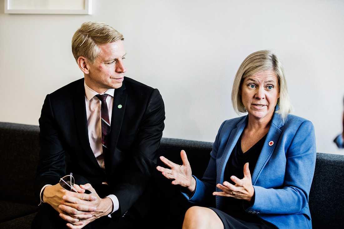 Per Bolund (MP) och Magdalena Andersson (S).
