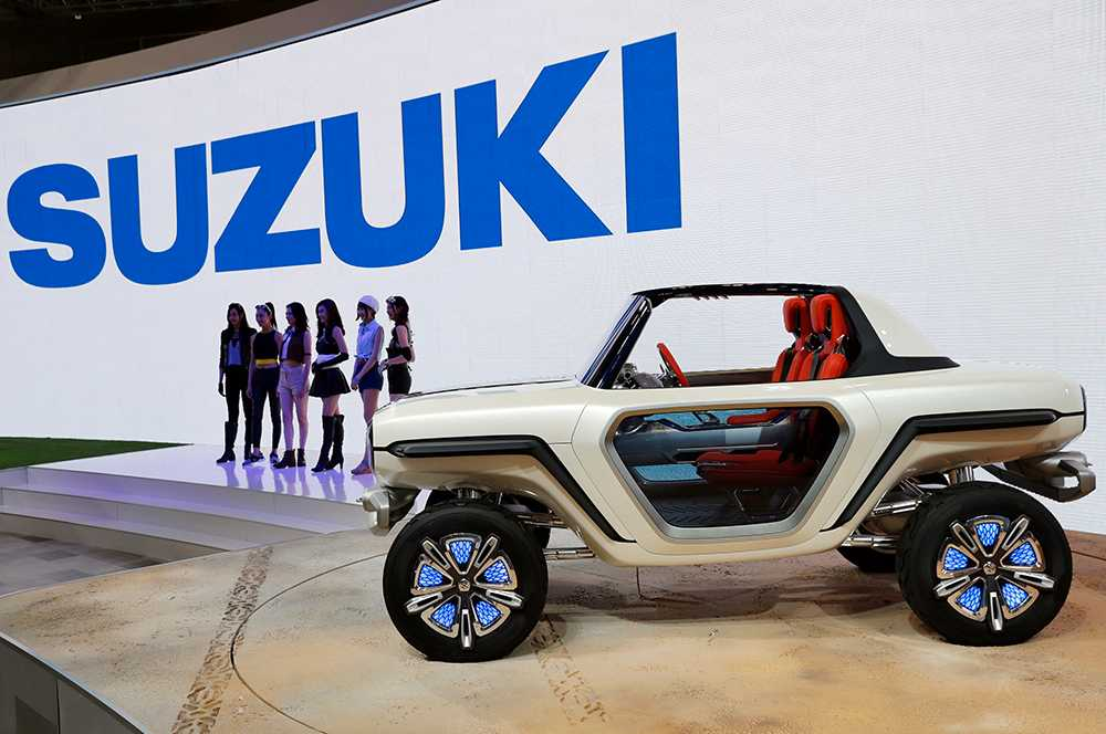 Japansk galenhet på hemmaplan. Suzuki e-Survivor – konceptbilen. Drivlinan sägs vara fyra elmotorer, två på varje axel vilket ska ge fantastisk framkomlighet.