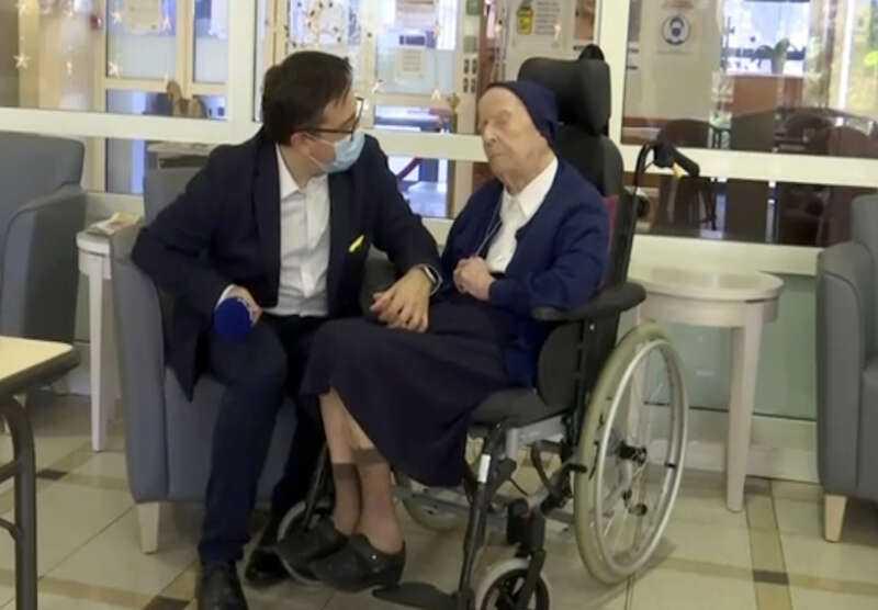 Syster Andre har överlevt covid-19, nu ska Europas äldsta levande person fira sin 117-årsdag.