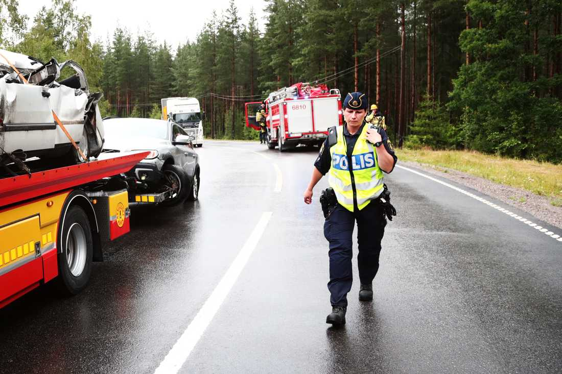 Trafikolycka där 5 personer ska ha varit inblandade.