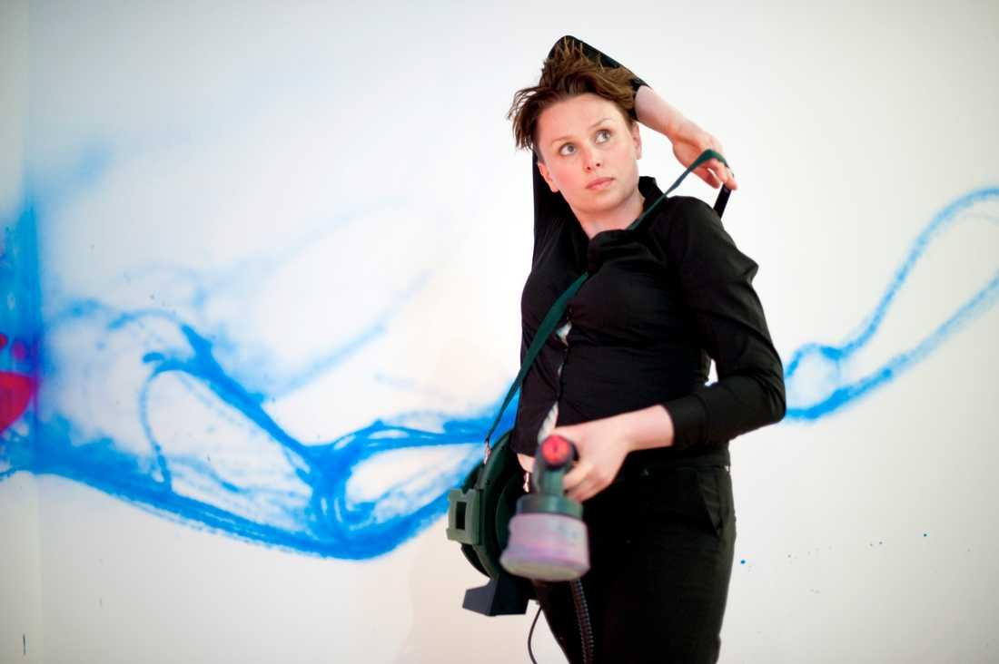 Konstnären Carolina Falkholt.