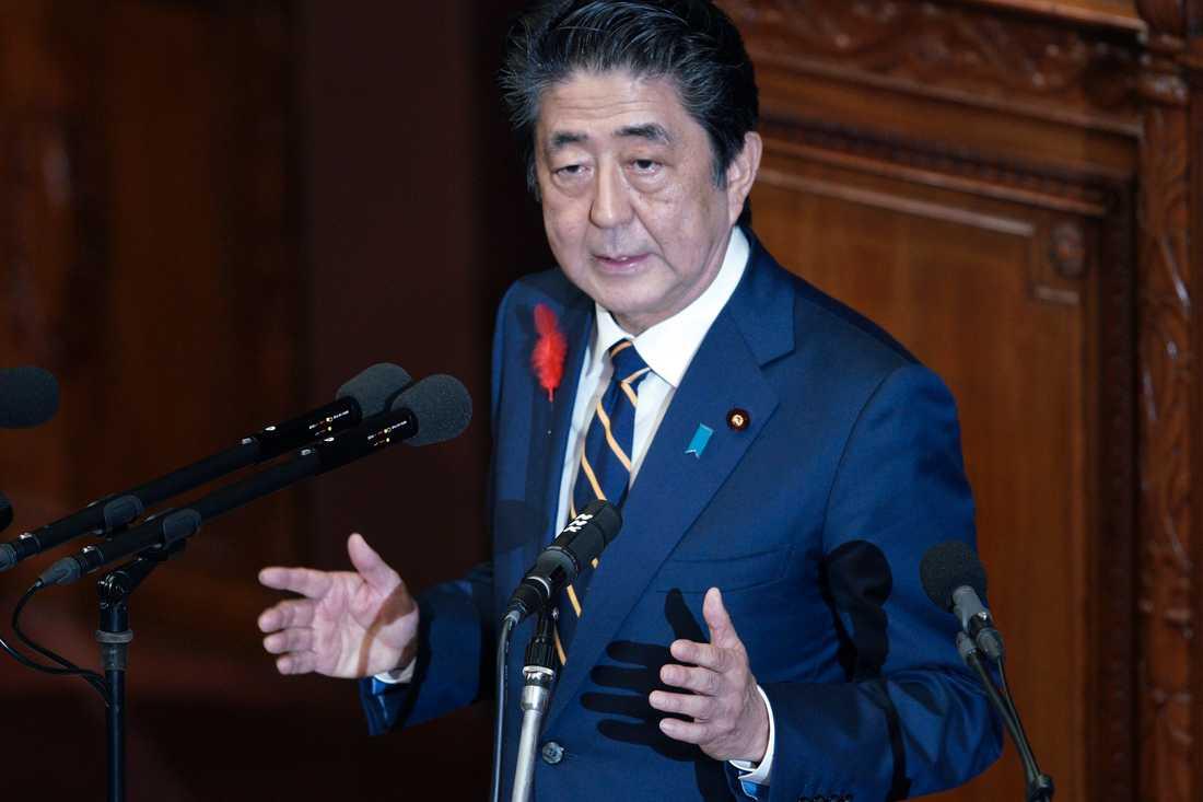 Japans premiärminister Shinzo Abe sätter rekord på onsdag. Arkivbild.