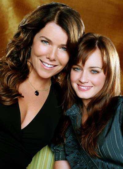 Lorelai och Rory Gilmore spelas av Lauren Graham och Alexis Bledel.