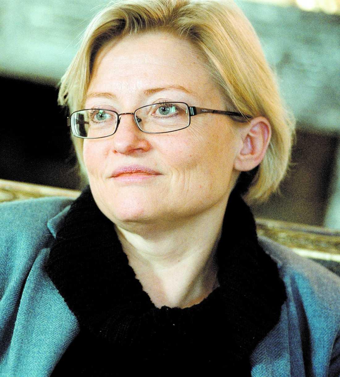 """Saknad I dag är det fem år sedan utrikesminister Anna Lindh dog. """"Jag saknar henne, det gör vi alla"""", skriver Eva Franchell"""