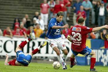 IGOR BÄST IGÅR Igor Sypniewski snurrade rejält med Österspelarna. Till slut blev det också ett mål av polacken när Halmstadvann med 3-0.