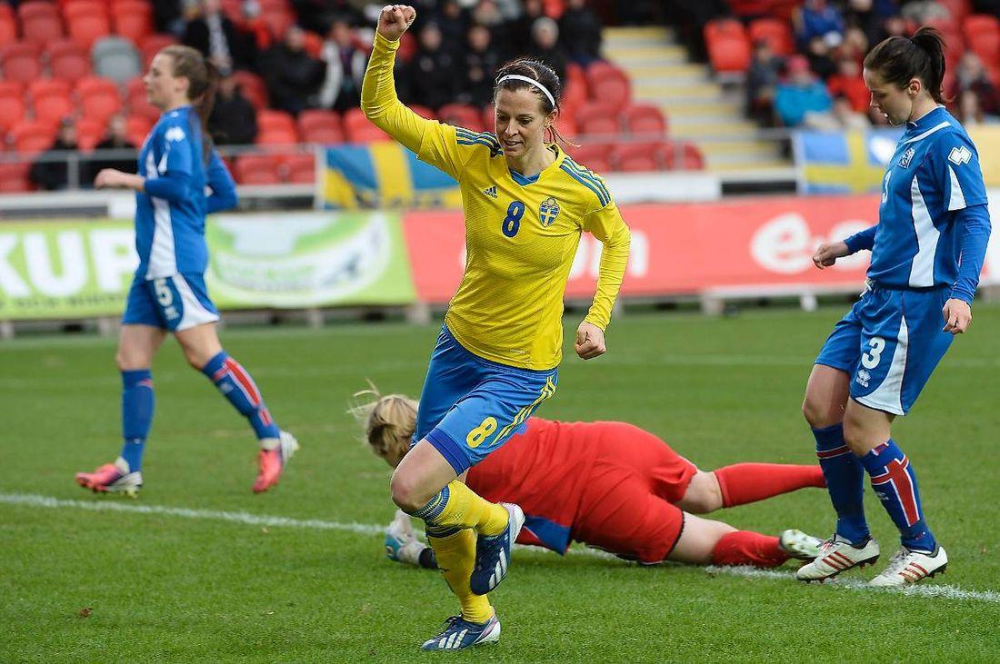 Senast Sverige mötte Island var i april i en träningsmatch. Lotta Schelin  såg till att 183eca1201871
