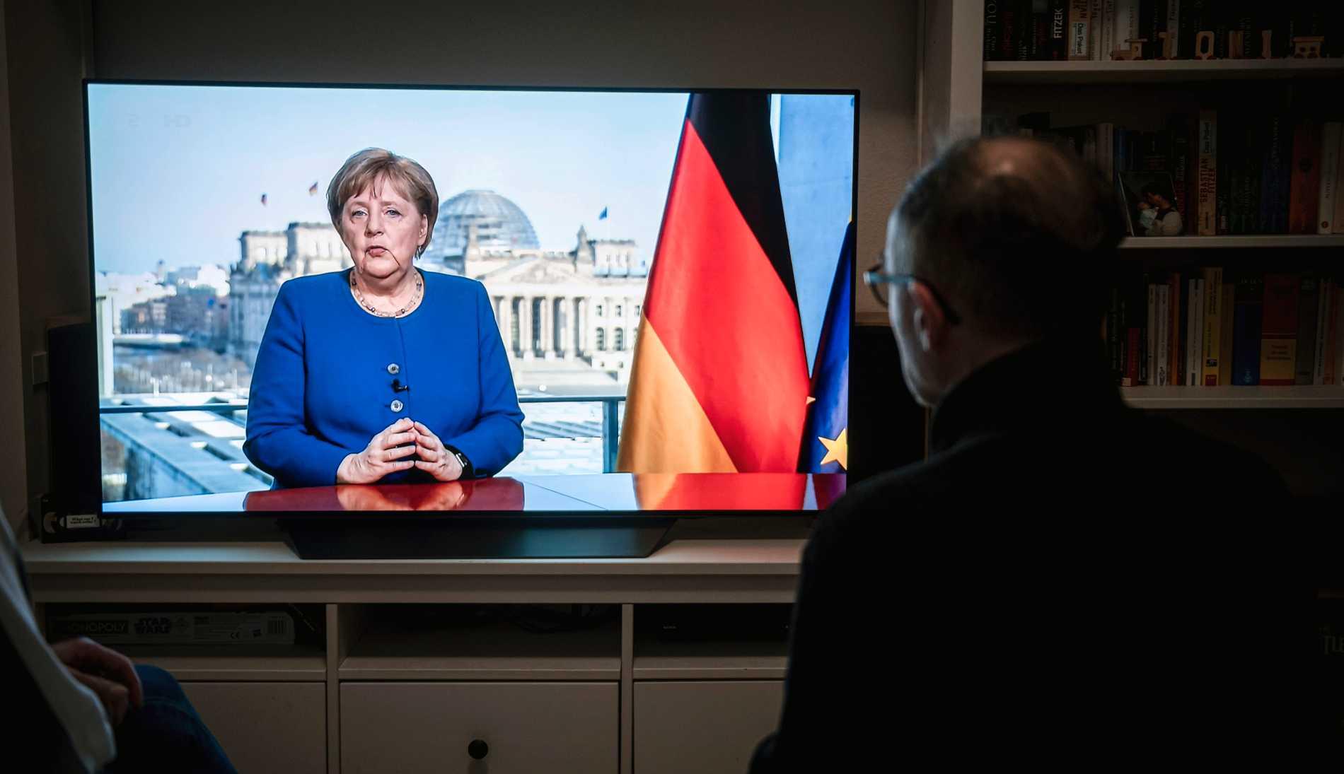 Tyskarna bänkade sig för att se Merkels första extrainsatta tv-tal någonsin.