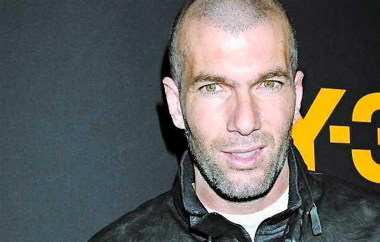 Zinedine Zidane, fotbollsspelare. Fransman med berbiskt ursprung.