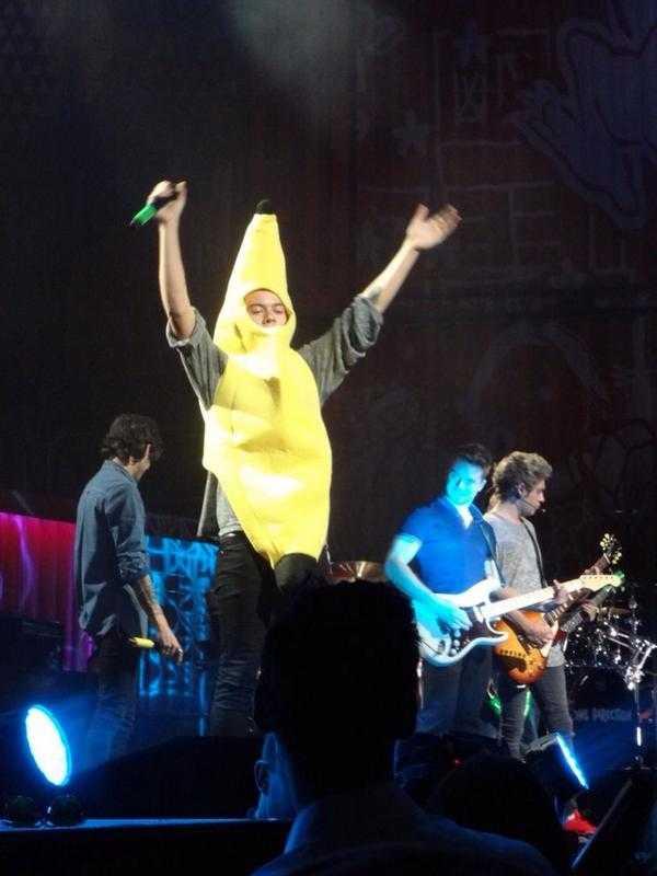 Harry Styles går bananas