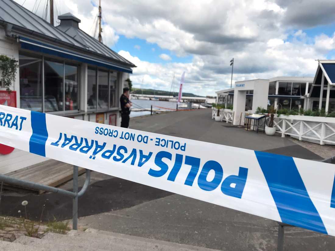Polisen larmades vid 10.27 på lördagen om en befarad drunkning vid hamnpiren i Jönköping.