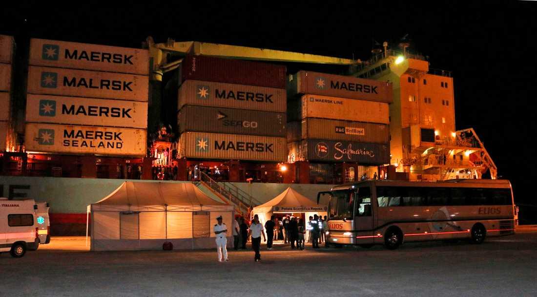 Ett av danska Mærsks containerfartyg har kapats utanför Nigeria, enligt medieuppgifter. På bilden ett annat av rederiets fartyg. Arkivbild.