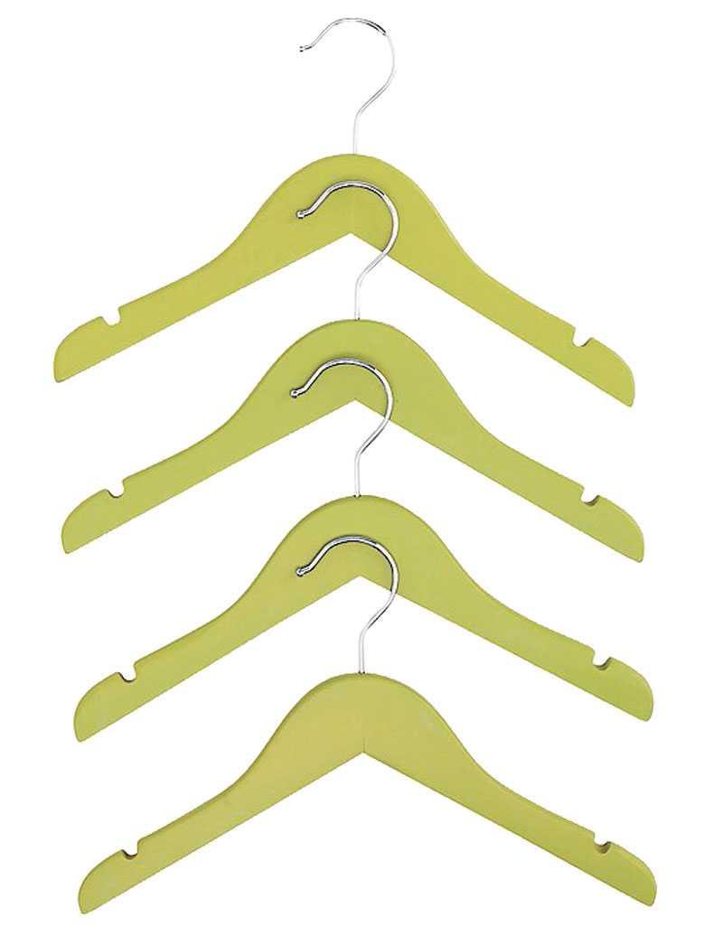Skönt grönt häng i hatthyllan får du med dessa snygga barngalgar från Åhléns, 49 kr/4 stycken.
