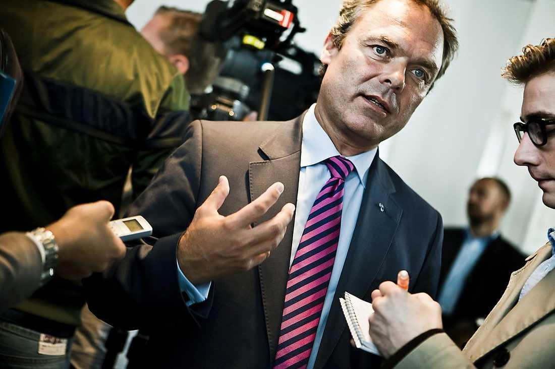 I går startade FP-ledaren Jan Björklund ett bråk om allianspartiernas energiuppgörelse.