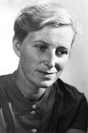 Molly Johnson (1931–2016).