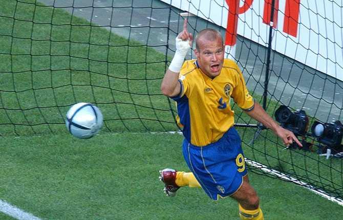 EM 2004 inleddes på bästa sätt. 5-0 mot Bulgarien efter att Ljungberg inlett målskyttet.
