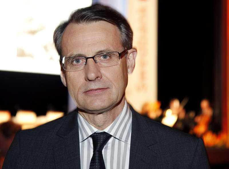 Anders Sundström, tidigare minister och Folksam-vd, har varit Swedbanks styrelseordförande sedan våren 2013.