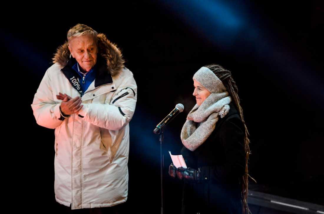 Sveriges kulturminister Amanda Lind och Gian-Franco Kasper, ordförande i FIS, under invigningen av alpina VM 2019 i Åre