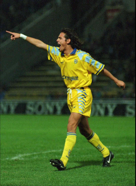 Inzaghi jublar efter ett mål för Parma mot Halmstad i cupvinnarcupen 1995–1996. Parma kom tillbaka efter 0–3 på bortaplan och vann med 4–0 hemma.