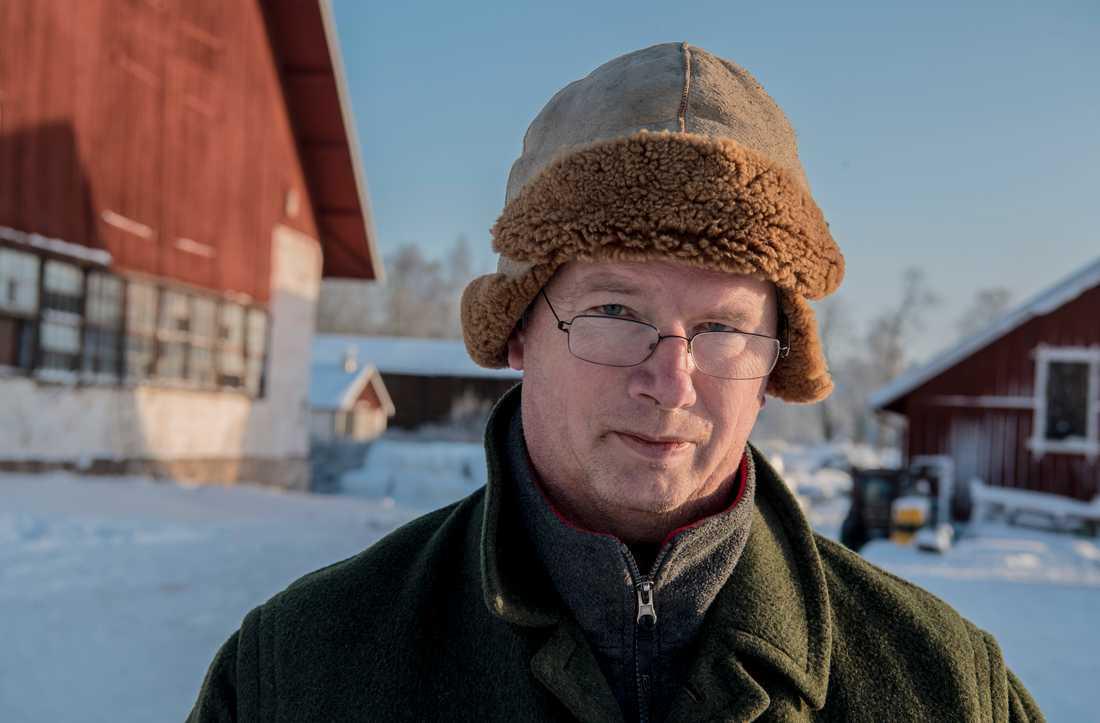 Per Pettersson, ordförande för LRF Mälardalen, har åkt till Lisjöskogarna för att bilda sig en uppfattning om det som pågår