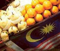 Färsk frukt – billigt i gatustånden.