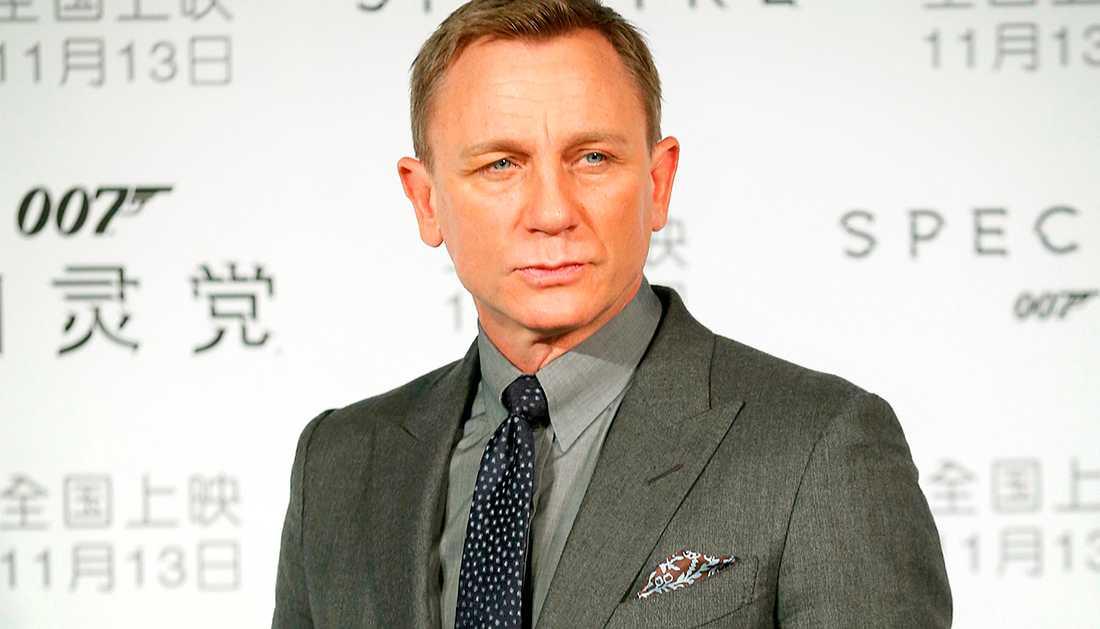 Daniel Craig uppges spela James Bond igen.