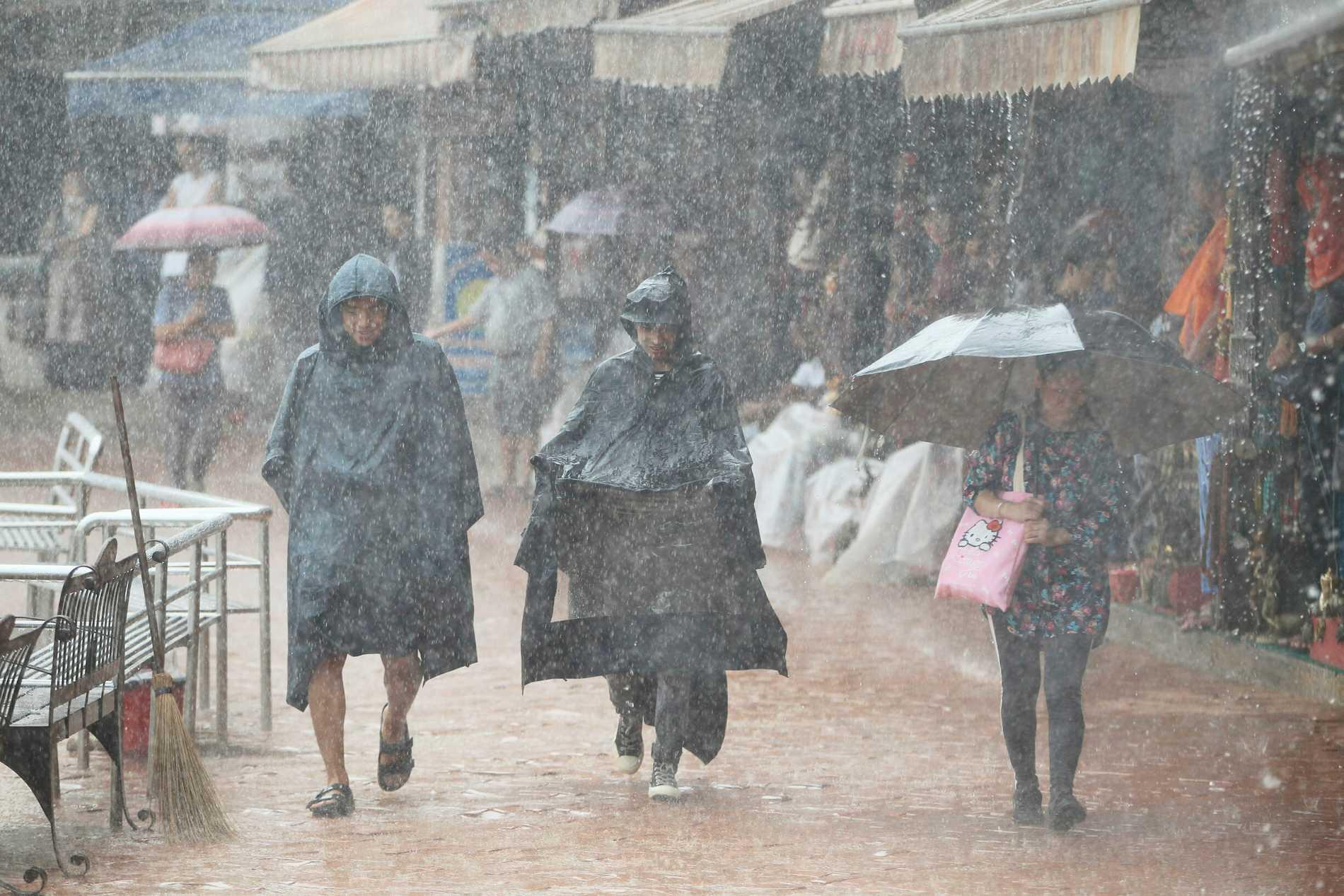 Årets kraftiga monsunregn i Nepal har krävt över 100 liv. Bilden är tagen i huvudstaden Katmandu i fjol.
