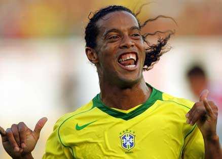 Brassefest Imorgon, fredag, släpps biljetterna till Brasiliens träningslandskamp mot Ghana på Råsunda 27 mars. När Brasilien mötte Ecuador i oktober gick 34 000 biljetter åt på drygt en timme.