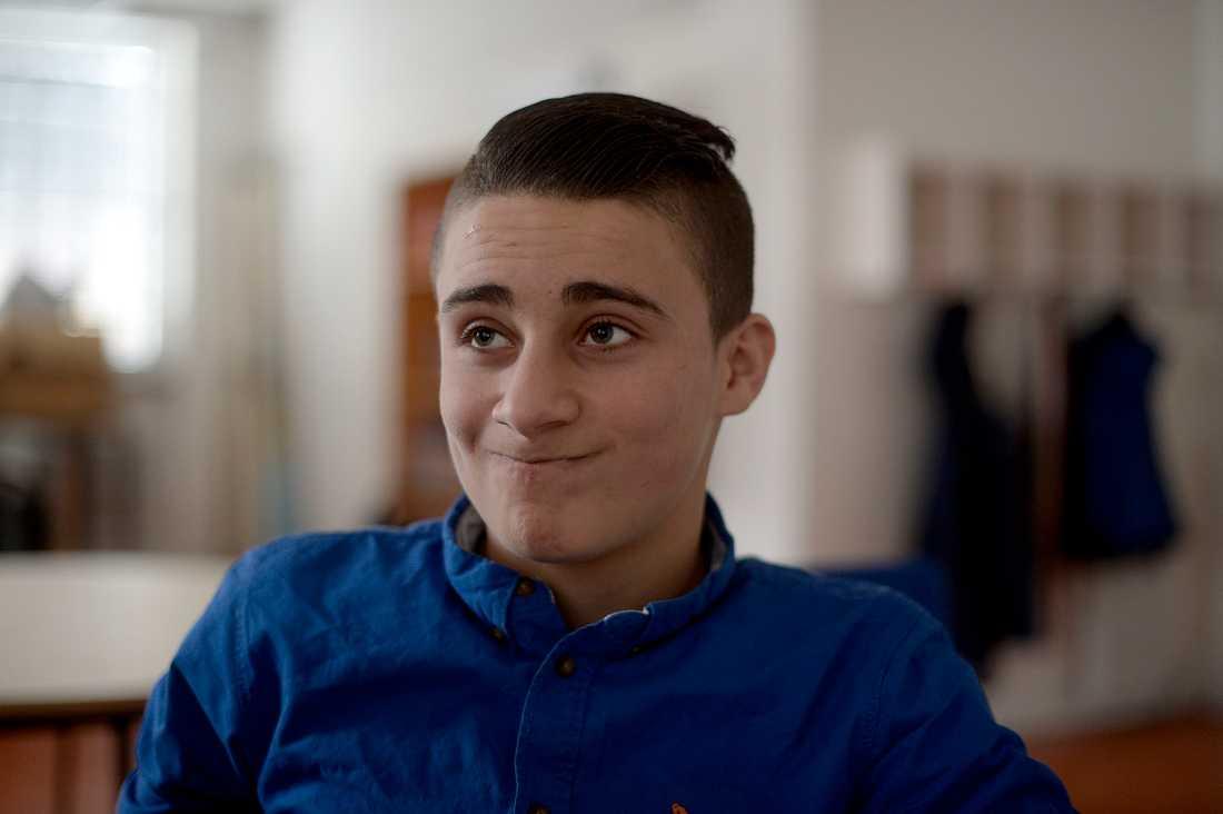 """Wasem Alkhamdan, 16, kommer från Syrien. Han tycker skolan är enkel. """"Jag ska bli ingenjör, mekanik, den bästa."""""""