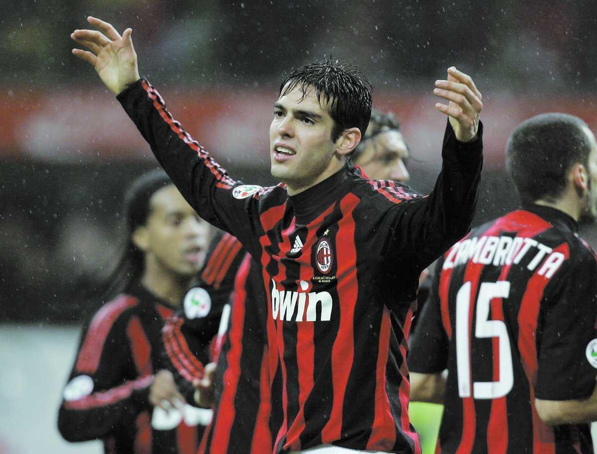 Besviken Kaká valde att nobba monsterbudet från Manchester City, men trots det har säsongen inte alls blivit vad Milan hoppats på.