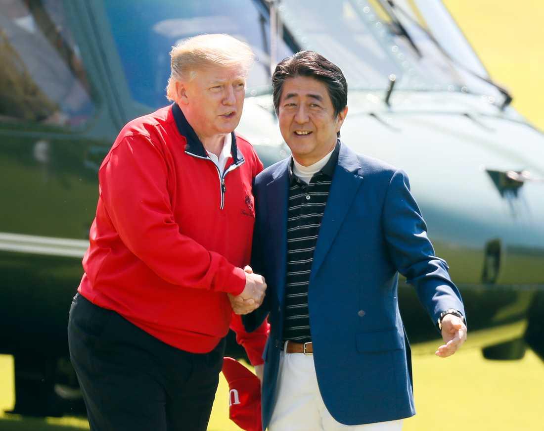 Donald Trump och Japans premiärminister Shinzo Abe.