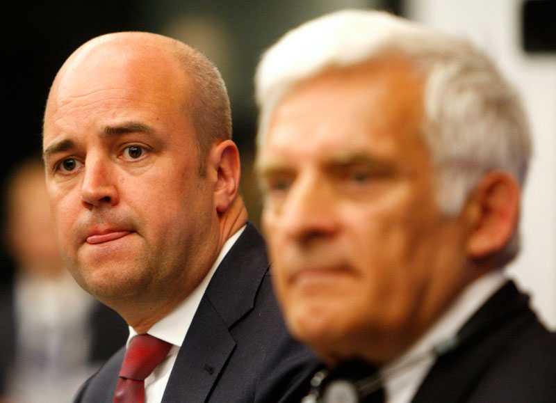 Fredrik Reinfeldt hade en svettig första dag som EU:s ordförande.