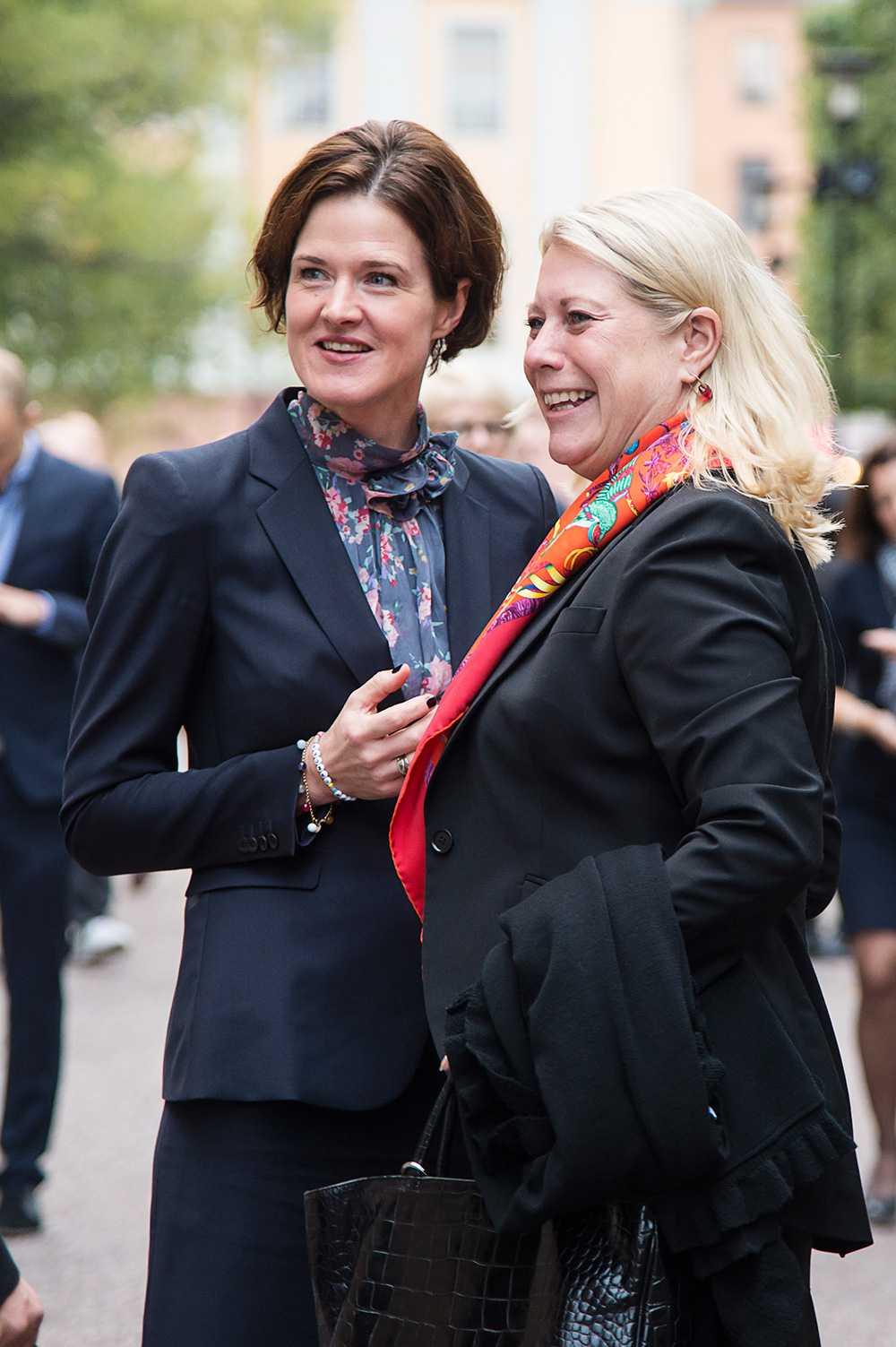 Anna Kinberg Batra och Catharina Elmsäter-Svärd.